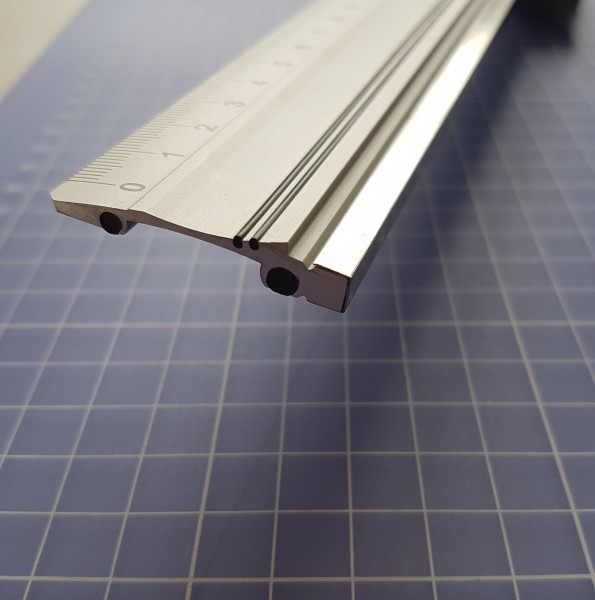 Alu Lineal 30 cm