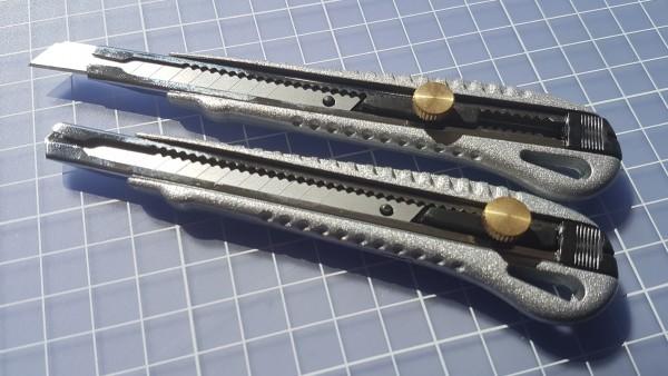 Cuttermesser Metall mit Feststellrad 9mm Klinge